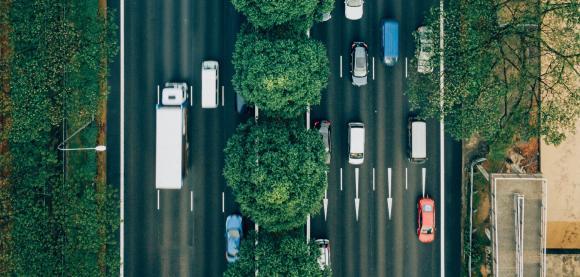 Modellierung realer komplexer Umweltbedingungen in der Simulationstechnik macht autonome Fahrzeuge fit für den Straßenverkehr. Die VDI-Konferenz Umfelderfassung im Fahrzeug 2019 tagt vom 07. - 08. Mai in München, Copyright: Unsplash/chuttersnap