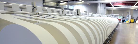 Auf 16 Linien unterschiedlicher Kapazität produziert die Albaad Deutschland GmbH jährlich über 250 Millionen Packungen Feuchttücher und feuchtes Toilettenpapier