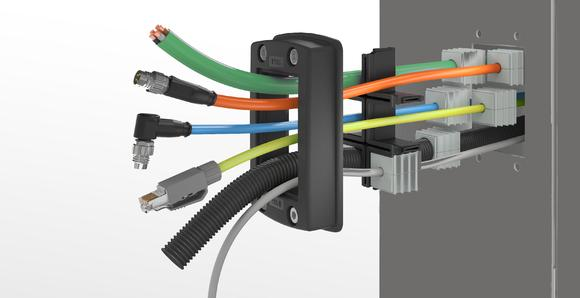 The closed frame, the grid audibly locking into place and the conically shaped sealing elements make CONMAXX unique and allow for significantly easier and safe assembly at the same time