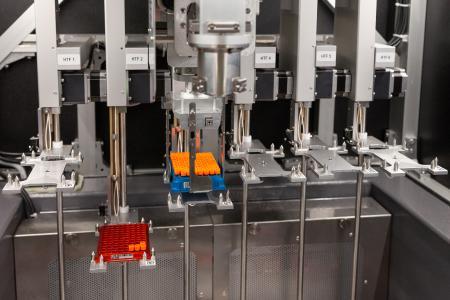 Automatisch bis zu 6 verschiedene kontrollierte Einfrierprozesse parallel durchführen
