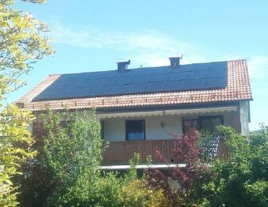 Solaranlage schwarz