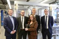 SCHURTER presents RS Components the award for outstanding performance