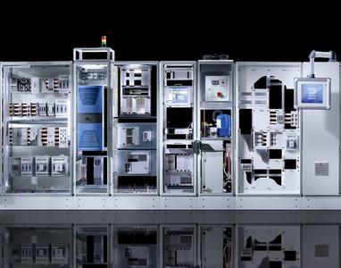 """Unter dem Leitthema """"Effizienz mit System"""" zeigt Rittal auf der SPS IPC Drives 2012 neue Infrastrukturlösungen für die Automatisierungstechnik, die zu deutlich mehr Effizienz beitragen (Quelle: Rittal GmbH & Co. KG)"""