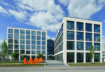 The office concept of the building erected by the Lapp Group at its company's headquarters in Stuttgart-Vaihingen sets standards