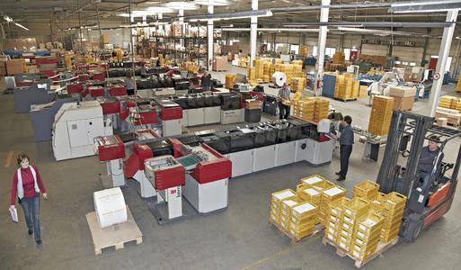 Knapp 1.250 qm Betriebsfläche stehen beim Drescher Full-Service Versand in Offenburg allein schon im zugangsgeschützten Fertigungsbereich zur Verfügung.
