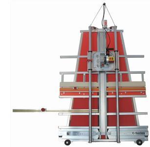 Photolux bietet Vertikal-Plattensägen mit einer Präzision von 0,4 mm