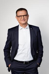 Thomas A. Fischer, Geschäftsführer Vertrieb, Marketing & Service (CSO) der STILL GmbH: Der STILL Aufsichtsrat hat seinen Vertrag um weitere vier Jahre verlängert (Foto: STILL GmbH)