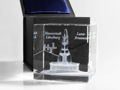 Kristallglas-Objekt mit 3D-Innenkennzeichnung