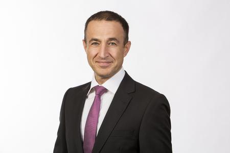 Wafa Moussavi-Amin, Analyst und Geschäftsführer bei IDC
