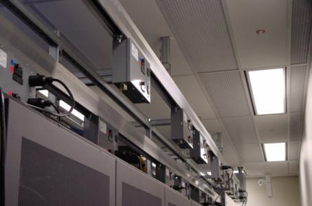 Starline Track Busway: Strom an jedem Punkt im Serverraum verfügbar