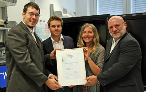 Paper Award Gold: The winner team of the Paper Award Gold 2019 receives the certificate. From left to right: Co-author Peter Bock, first author Martin Felhofer, senior author Notburga Gierlinger and WITec sales manager Thomas Olschewski.