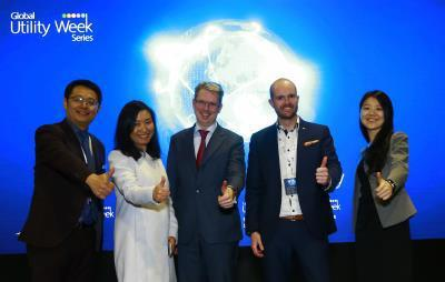 At China Utility Week 2018, Richard Plum (second from right) presented his views on current opportunities and challenges with blockchain / Photo: China Utility Week 2018