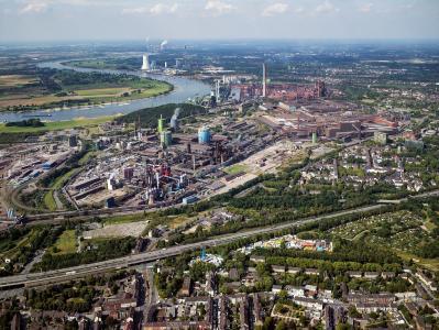Im Jahr 1871 wurde in dem von August Thyssen errichteten Werk in Duisburg der erste Stahl erschmolzen. Heute ist thyssenkrupp mit knapp 12 Millionen Tonnen Rohstahl der größte Stahlhersteller Deutschlands