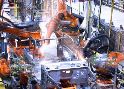 Automatisierte Fertigung braucht optimal durchgeplante Supply Chains. Advanced-Planning-&-Scheduling-Software gibt dazu das jederzeit aktuelle Planungsbild (Bildquelle: www.kuka.com)