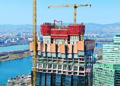 With the help of PERI climbing technology, the DC Tower in Vienna has grown safely and quickly reaching a height of 220 m – the highest building in Austria (Photo: PERI GmbH)