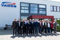 Jahrestreffen 2018 der Professorinnen und Professoren des AK Heizungstechnik bei der YADOS GmbH in Hoyerswerda / Bildrechte: YADOS GmbH