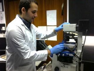 Faris Sinjab is a PhD student in the group of Dr Ioan Notingher is seen using the JPK NanoWizard® AFM system