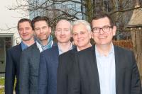 Firmengründer Lars Riehn mit Management Team von infoWAN