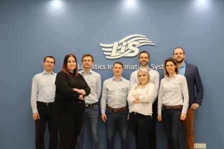 Das polnische Team der Logistische Informationssysteme AG (LIS) bezieht ein neues, größeres Bürogebäude in Pszczyna. (Foto: LIS AG)