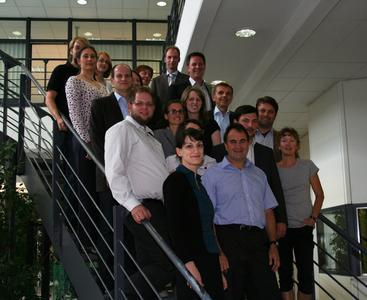 """Mitarbeiter des Projekts """"OPTES"""" beim Kick-Off Mitte Juni 2012 in der DHBW Karlsruhe"""