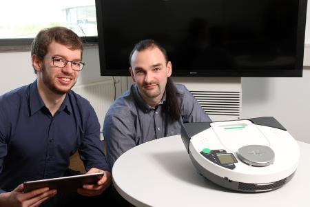 Mit der Technik könnten etwa Haushaltsgeräte wie Staubsauger oder Kaffemaschinen vernetzt werden, aber auch Unternehmen könnten das System nutzen, um ihre Maschinen zu verbinden (Foto: Thomas Koziel)