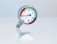 Eine individuelle Rot-Grün-Kennzeichnung bei Manometern und Zeigerthermometern ist jetzt auch per Aufkleber möglich