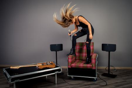 THE BOX ROX - die etwas anderen Möbel aus der Box für Messen und Musiker