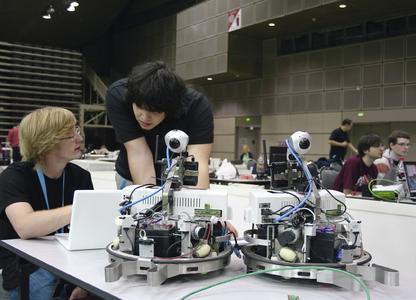 Bei der RoboCup Weltmeisterschaft 2012 in Mexico geht es bei der Festo Logistics Competition wieder um reale Aufgaben aus Produktion und Logistik
