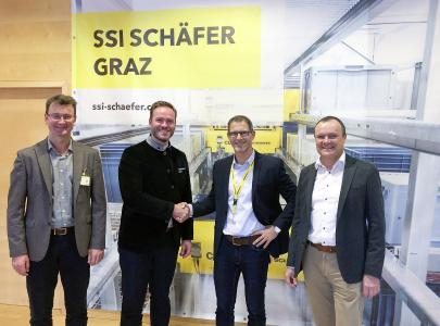 Cooperation as partners (f.l.t.r.): Mario Ulrich, Sales Leader Europe – PDC and PPC BD Rowa, Dirk Bockelmann, Global Commercial Director BD Rowa, Gerald Gaberz, Managing Director SSI Schaefer Graz, Klaus Murko, Vice President Sales - Healthcare & Cosmetics SSI Schaefer