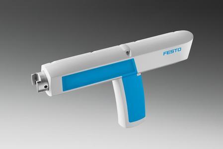 Der AGTC Clipsetzer, ein pneumatisches Werkzeug für die Industriemontage, gewinnt den Red Dot Design Award 2014