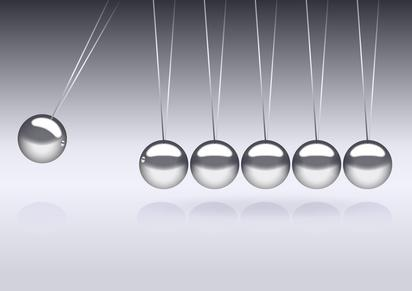 the pendulum © nightfly84 - Fotolia.com