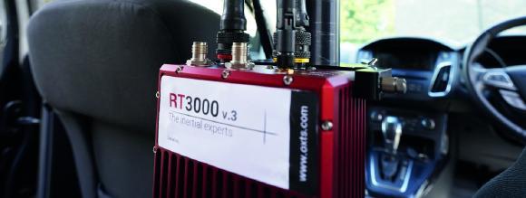 RT3000 v3 eingebaut im Testfahrzeug