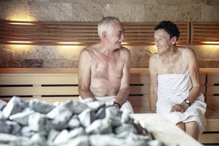 Saunagäste dürfen sich freuen: Ab 15. Juni ist Schwitzen und Entspannen in der Saunalandschaft im Schenkenseebad der Stadtwerke Schwäbisch Hall wieder möglich. Foto: Hallywood Productions/Stephan Baraniecki
