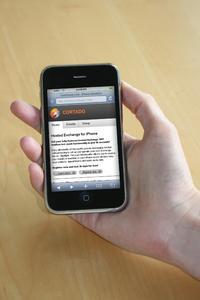 Mit Hosted Exchange von Cortado können Anwender ab sofort innerhalb weniger Minuten mit ihrem Apple iPhone einen Exchange Account mit Push Mail anlegen und nutzen