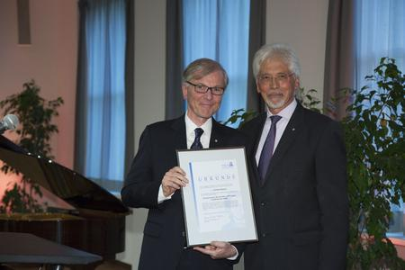 The Goethe University in Frankfurt am Main has awarded Stefan Messer, Chief Executive Officer of Messer Group GmbH and Member of the Board of Trustees of the Adolf Messer Foundation, the title of Honorary Senator.