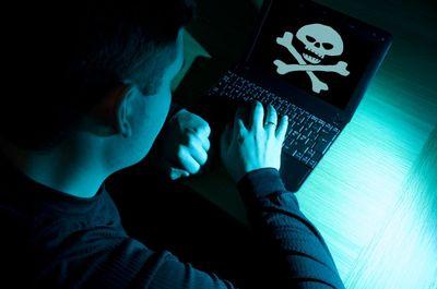 In der Ferienzeit gehen Jugendliche besonders oft ins Internet – das nutzen Cyberkriminelle aus