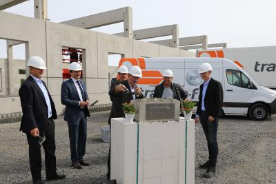 Y-shaped logistics centre: trans-o-flex optimises network with a new facility in Hesse