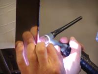 An die Schweißtechnik werden bei Hubl allerhöchste Anforderungen gestellt. Nur so können Oberflächen entstehen, auf denen keine Nähte zu erkennen sind. ©Bildquelle: Hubl GmbH Edelstahltechnik