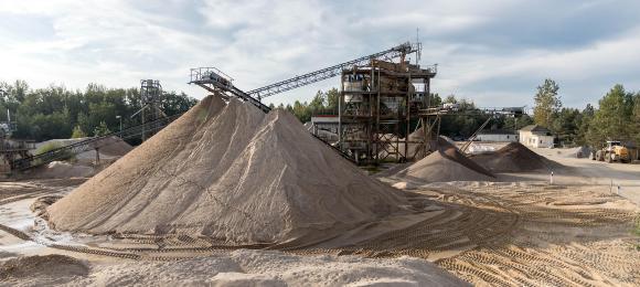 Etwa 300.000 Tonnen Sand und Kies werden bei der Hülskens Liebersee GmbH & Co. KG pro Jahr verkauft.