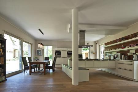 zukunft altbau alte h user neu erleben wohngeb ude mit einem klaren plan sanieren verfu. Black Bedroom Furniture Sets. Home Design Ideas