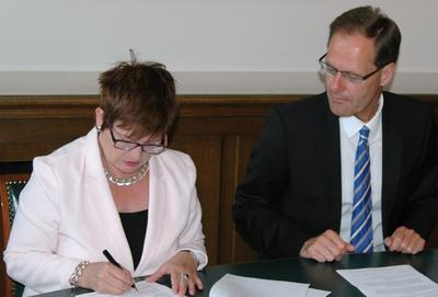 Hochschule Bremen und Technikerschule Bremen schließen Kooperationsvertrag (Foto: Hochschule Bremen)