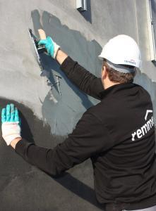 Die Fachpraxis-Seminare Bauwerksabdichtung thematisieren die Abdichtung von Neubauten sowie die nachträgliche Bauwerksabdichtung / Bildquelle: Remmers, Löningen