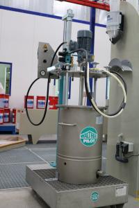 Die Materialdruckgefäßlackieranlage von Walther Pilot gewährleistet optisch hervorragende Oberfläche z.B. bei anspruchsvollen Glasbeschichtungen (Bildquelle: Remmers, Löningen)