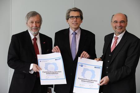 Von links: Georg Brenner, Hauptgeschäftsführer HWK des Saarlandes; Andreas Storm, Minister für Soziales, Gesundheit, Frauen und Familie; Volker Giersch, Hauptgeschäftsführer IHK Saarland