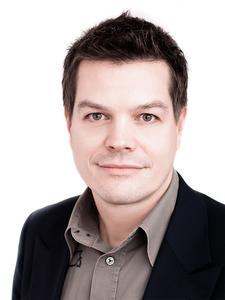 Uwe Hofer Partner und CMO, Exozet Group GmbH & Co KG  Geschäftsführer, Exozet Wien GmbH Geschäftsführer, TVNEXT Solutions GmbH Vorstand, PerfectStream Technologies AG