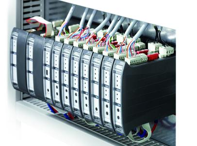 The RWA emergency power control unit MBZ 300 can be configured to meet desired client specifications, Photo: GEZE