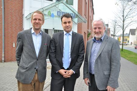 Projektpartner (v. l.) Prof. Matthias Schöniger (TU Braunschweig, Dr. Jens Wolf (GRS) und Egon Harms (OOWV)
