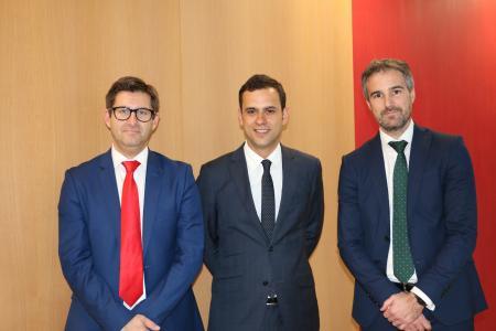 Die neue Führungsmannschaft von Ibersa (v. l. Ivan Suarez, CFO, Fernando Peña, Geschäftsführender Direktor, José María Llames, Geschäftsführer Vertrieb)