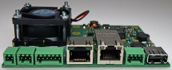 Universelle Stromversorgung für Spiegelreflexkameras