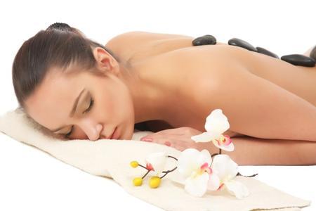 Bestimmte Rückstände von kosmetischen Produkten und Körperpflegemitteln (Silikon- und Polyquaternium) verursachen einen vorzeitigen Wäscheverschleiß, ©Fotolia